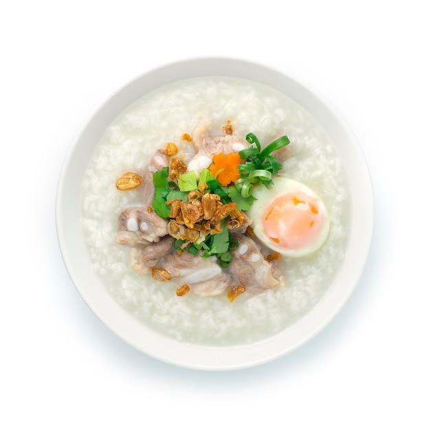 Rijstpap met varkenskraakbeen of zacht spareribs varkensvlees