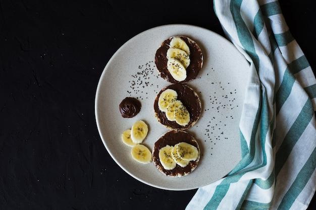 Rijstwafels ontbijt chocolade banaan