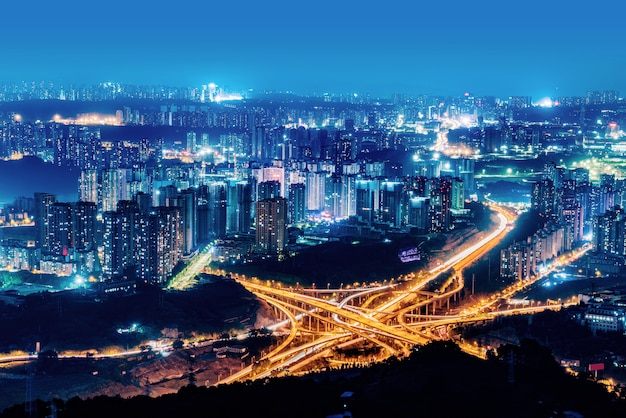 Ringvormig viaduct in chongqing, china