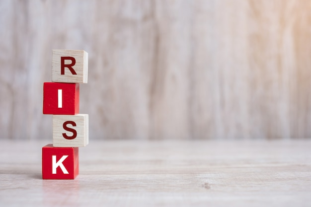 Risico-tekst op blokken