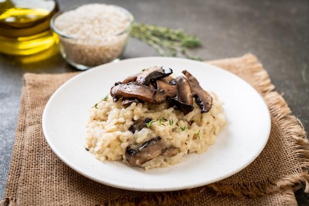 Risotto met champignon en kaas