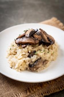 Risotto met champignons en kaas