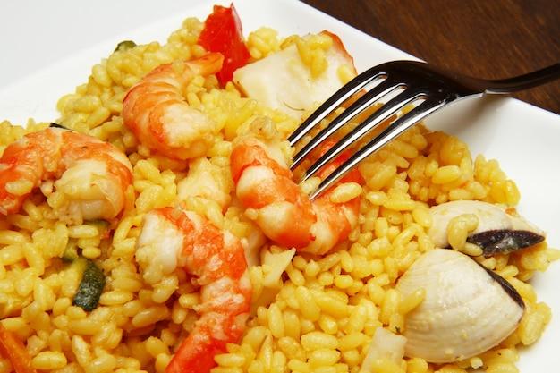Risotto met zeevruchten en garnalen
