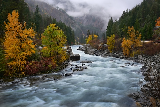 Rivierstroom in leavenworth, washington