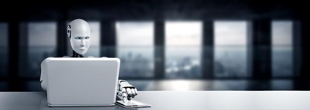 Robot humanoïde gebruikt laptop en zit aan tafel in toekomstig kantoor