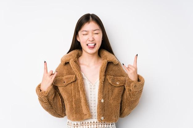 Rock gebaar met vingers tonen