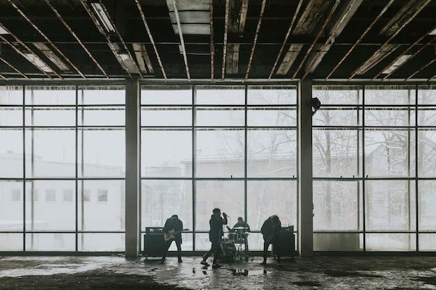 Rockband muziekvideo-opname, achter de schermen