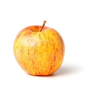 Rode appel geïsoleerd op een witte achtergrond. het knippen weg omvat in deze afbeelding.
