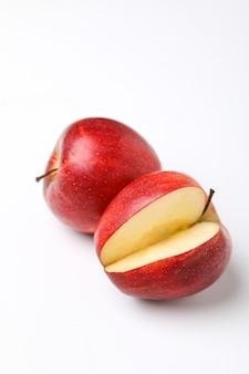 Rode appel met plak