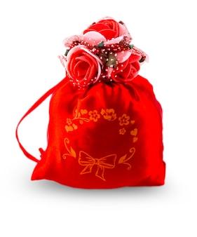 Rode cadeautas voor valentijnsdag, geïsoleerd