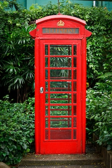 Rode engelse telefooncel