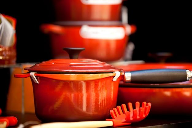 Rode ijzeren pot