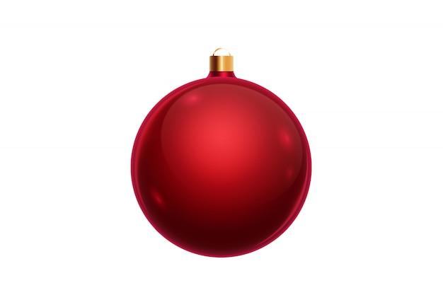 Rode kerstmisbal die op witte achtergrond wordt geïsoleerd. kerstversiering, ornamenten op de kerstboom.