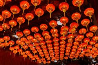 Rode lantaarns tijdens voor Chinees nieuw jaarfestival