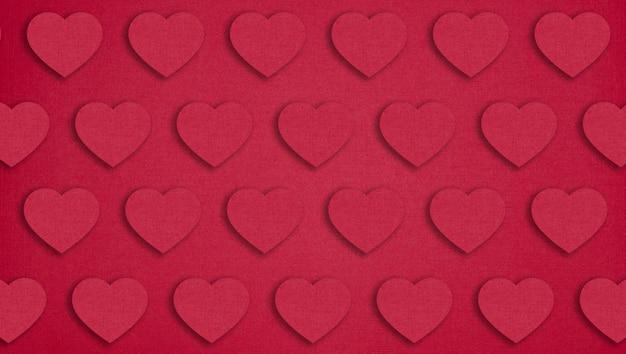 Rode papieren harten op rood