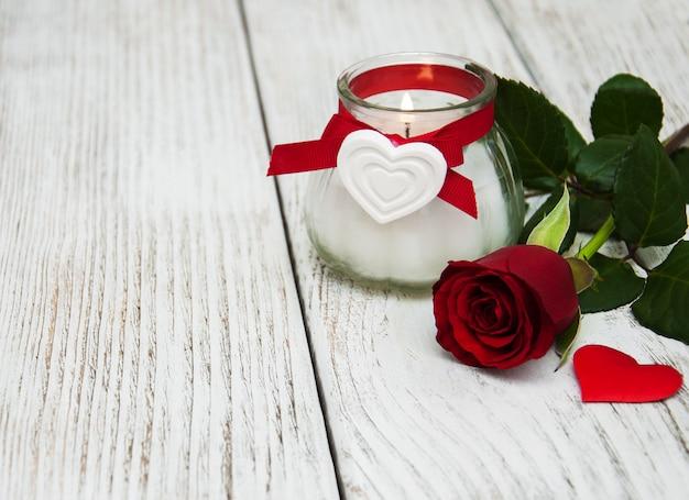 Rode roos en hart