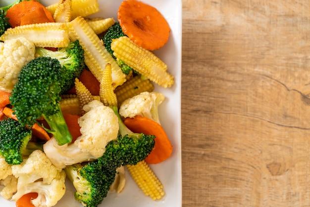 Roergebakken mix groente