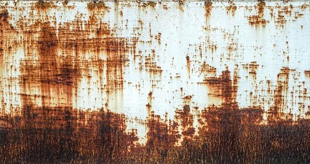Roest van metalen bijtend roest op oud ijzer wit gebruik als illustratie voor presentatie