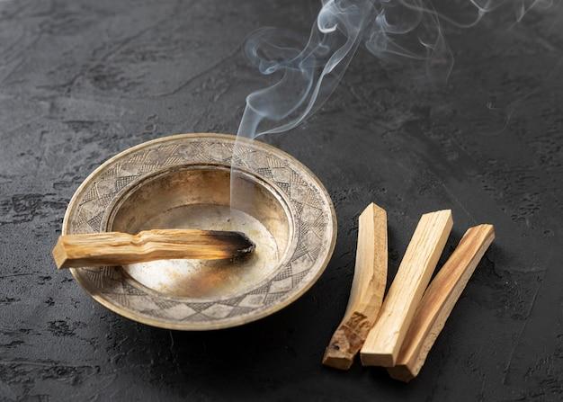 Roken bursera graveolens spaanse heilige plant