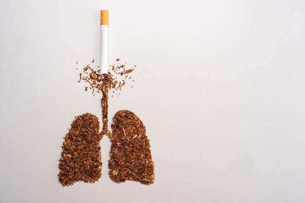 Roken is dodelijk, concept met sigaretten en tabak. niet roken concept met sigaretten en tabak
