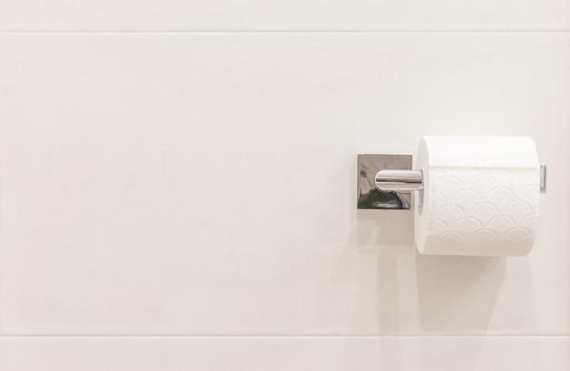 Rol wc-papier met een exemplaar