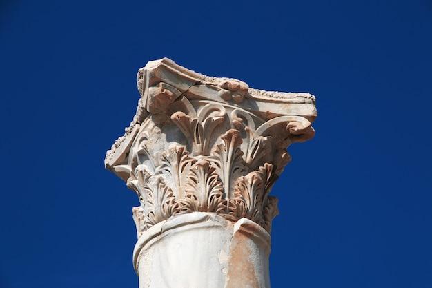 Roman ruïnes in (zure) band, libanon