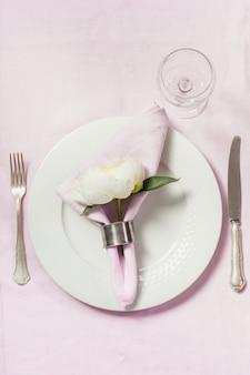 Romantisch diner in de lente.