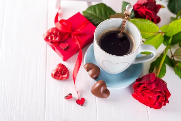 Romantisch ontbijt voor valentijnsdag