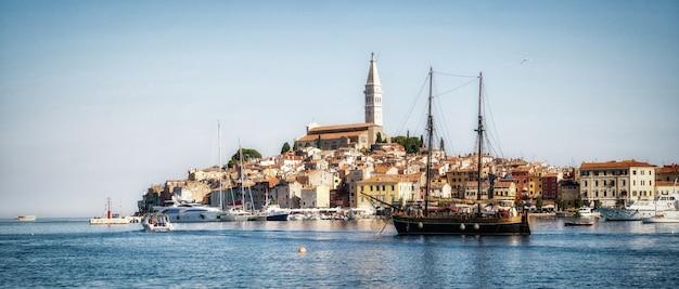 Romantische oude stad van rovinj in kroatië, europa.