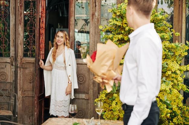 Romantische verrassing voor vriendin