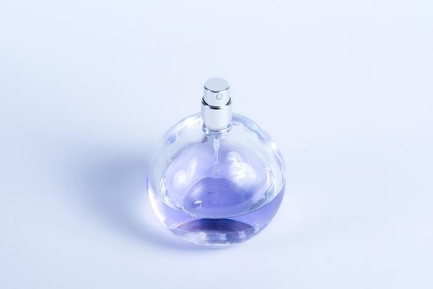 Ronde glazen fles met parfum