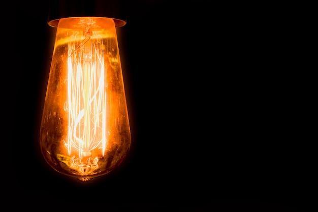 Ronde gloeilampen die elektrische spoelen zien gebruikt in energieontwerp en speciale ideeën