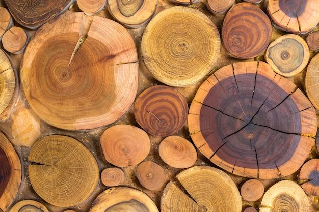 Ronde houten ongeverfd massief natuurlijk ecologisch zacht gekleurd bruin