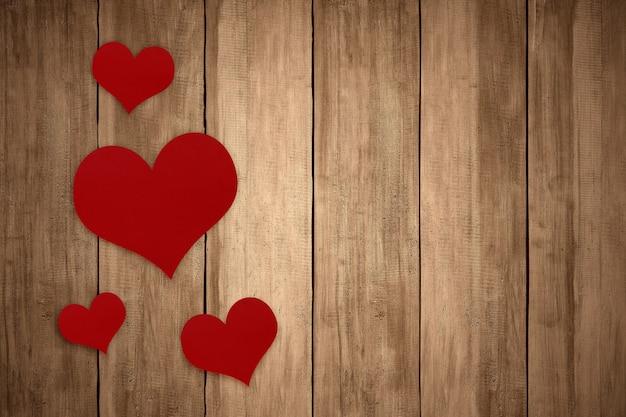 Rood hart met houten achtergrond. valentijnsdag