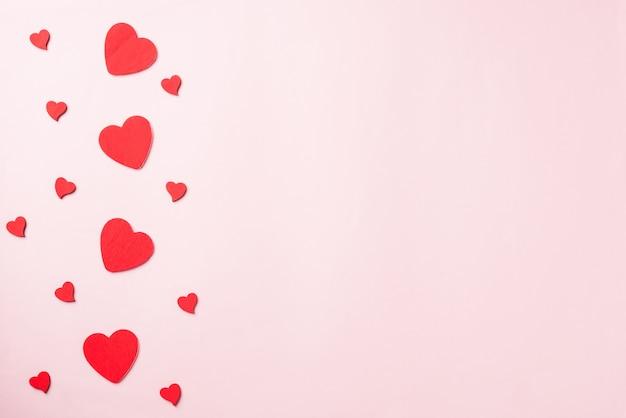 Rood hart op roze