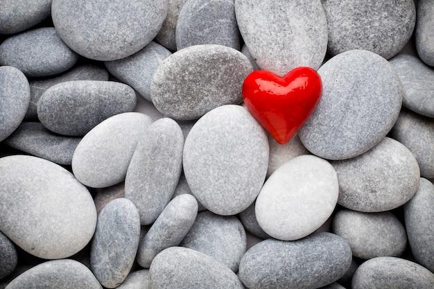 Rood hart van de kuuroordstenen.