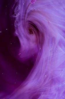 Rook afgevoerd naar een vortex abstract