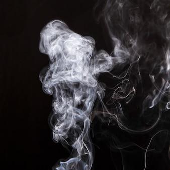 Rook overlay beweging op zwarte achtergrond