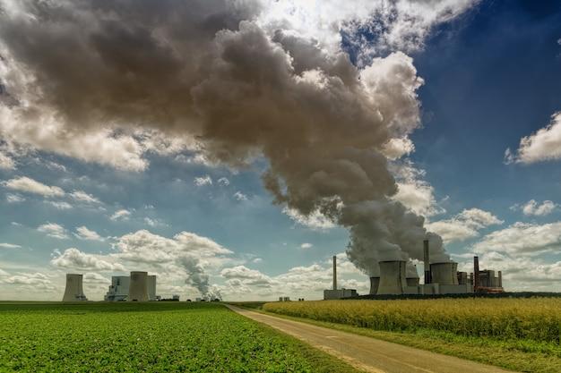 Rookfabriek overdag
