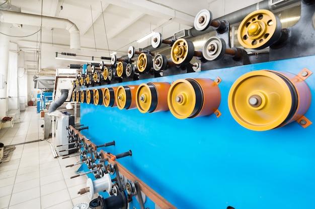 Roterende rubberen wielen van de wikkelmachine