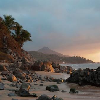Rotsen op het strand, sayulita, nayarit, mexico