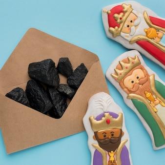 Royalty koekje eetbare beeldjes en steenkoolerts