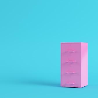 Roze archiefkast op helderblauwe achtergrond