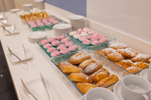 Roze candybar in een verjaardagsfeestje.