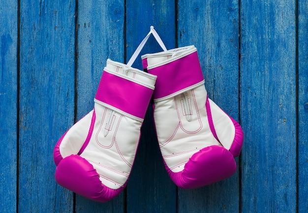 Roze dameshandschoenen