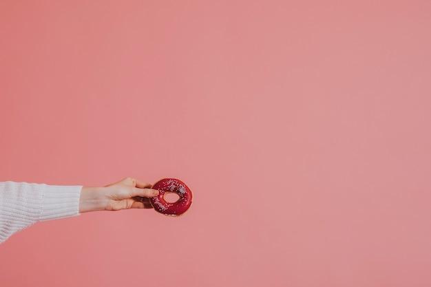Roze donut traktatie