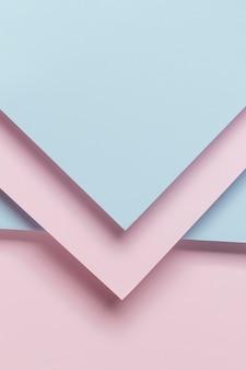 Roze en lichtblauwe kast
