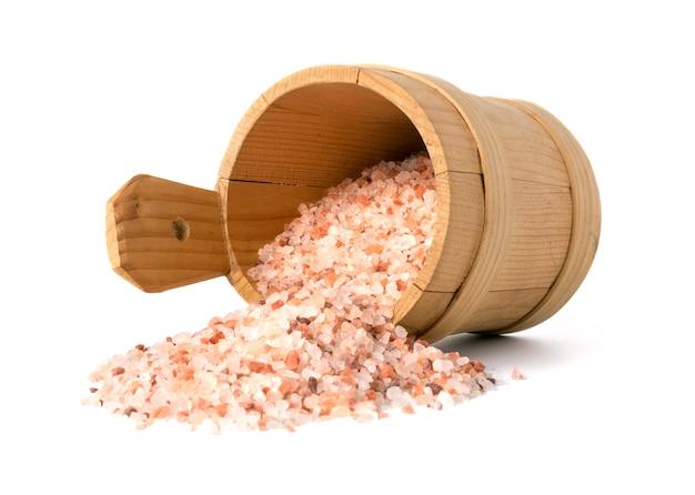 Roze himalayazout in een kom