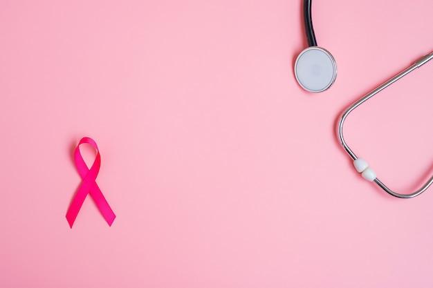 Roze lint met stethoscoop