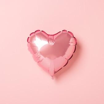 Roze luchtballon hartvorm